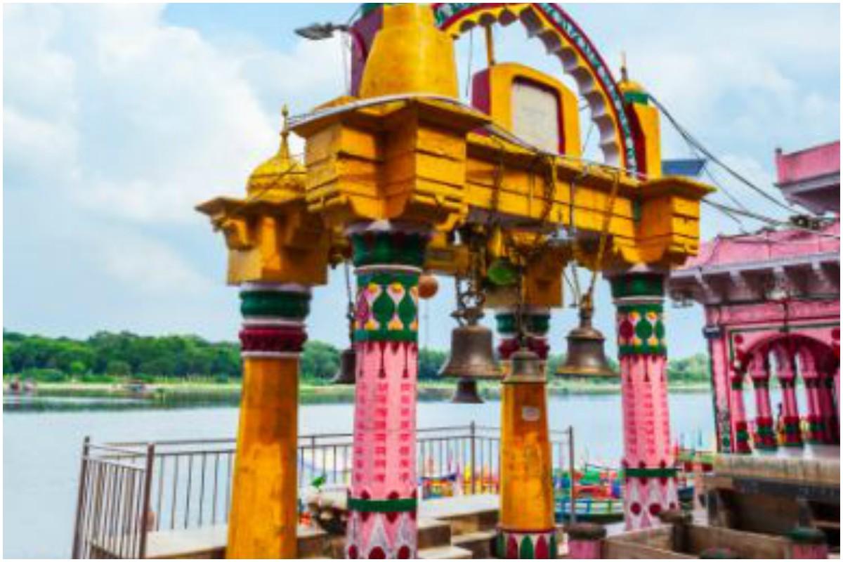 Holi, Holi celebration, Holi 2020, Temples