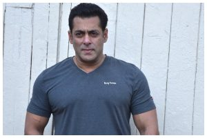 Salman Khan donates to industry workers before PM fund