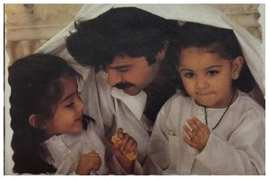 Self-Isolation: Sonam Kapoor misses father Anil Kapoor and sister Rhea; shares throwback photo
