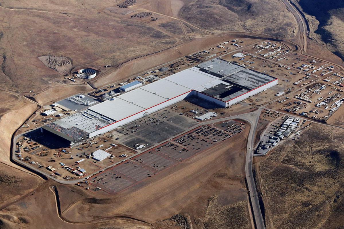 Corona Effect: Tesla cutting back ops reduces staff at Nevada Gigafactory