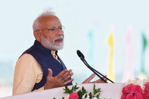 COVID-19: PM Modi lauds Yuvraj Singh, Mohammad Kaif