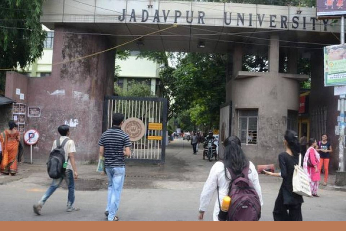 High Court, Calcutta High Court, Kamil Siedcynski, Polish, CAA, Jadavpur University, FRRO, Bengali, West Bengal, Kolkata, Bengal