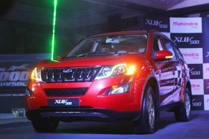 M&M Feb auto sales plunge 42% to 32,476 units