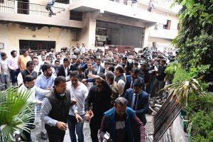 Rahul Gandhi visits riot-affected Northeast Delhi, says 'violence benefits no one'