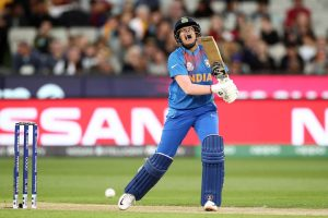 Women's T20 World Cup Final: India lose top 4 early in 185 chase; reduced to 32/4 after powerplay