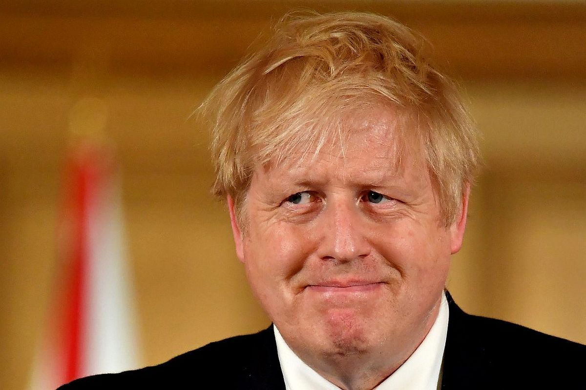 'Stay home, save lives': COVID-19 positive Boris Johnson in isolation, writes to Britons