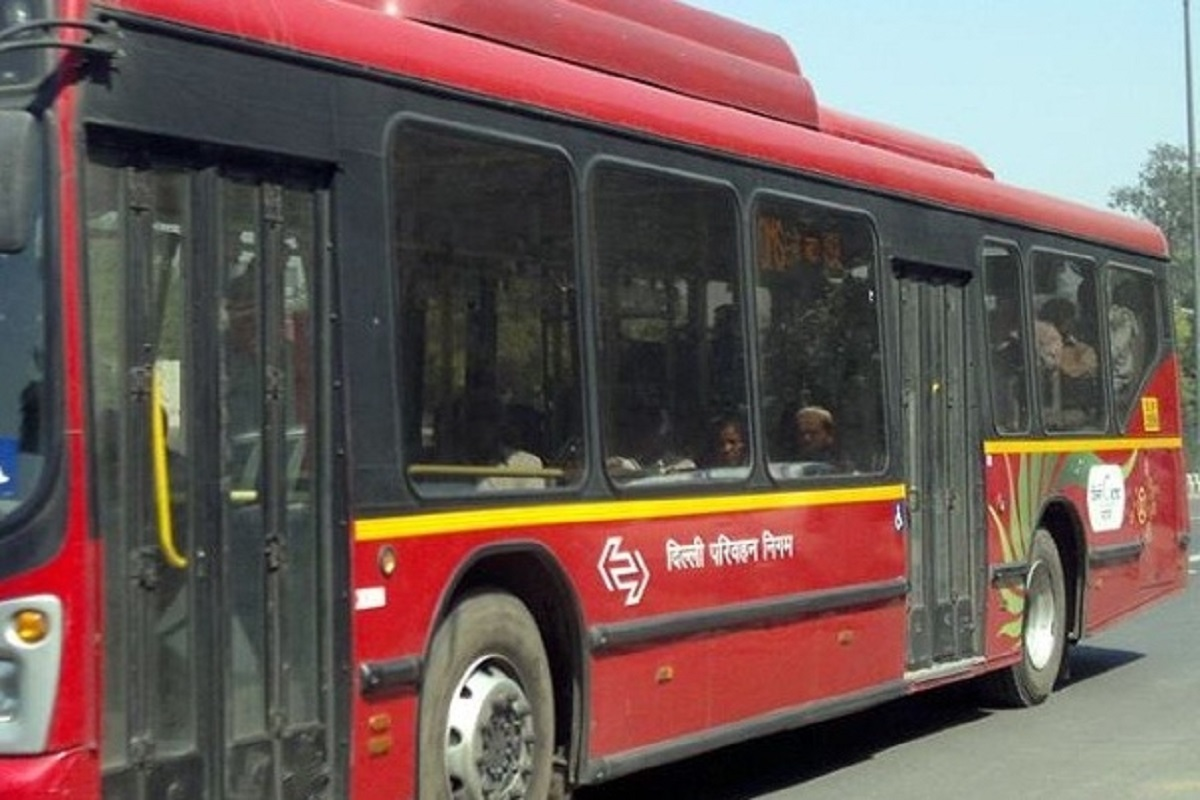 DTC to allow only essential services providers in buses during lockdown