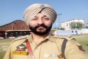 Former DSP Davinder Singh who was arrested for transporting terrorists in Jammu brought to Delhi