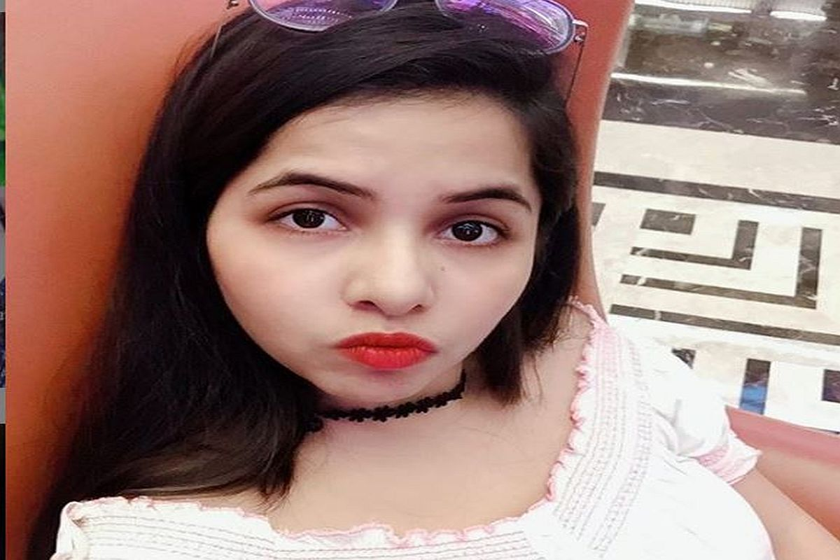 COVID-19 scare: Dhinchak Pooja releases awareness song