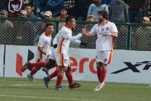 I-League: East Bengal scrape past 10-man Real Kashmir in ill-tempered clash