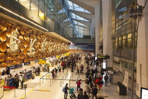 Delhi goes in 'lockdown' mode, no domestic flights banned