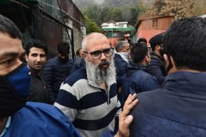 With 'months of experience' Omar Abdullah shares tips on surviving COVID-19 quarantine