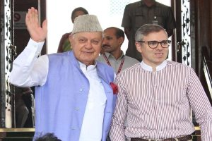 Farooq Abdullah meets son Omar in Srinagar sub-jail after being released from 7-month detention