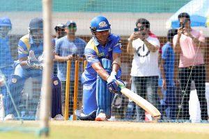 Time takes U-Turn as Virender Sehwag, Sachin Tendulkar shine in RSW Series opener