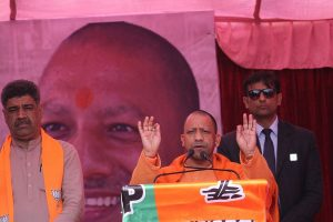 Yogi Adityanath govt announces Rs 1000 assistance for daily wagers amid COVID-19