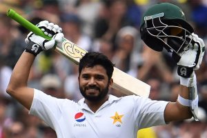 Pakistan coach Waqar Younis expects Azhar Ali to perform in remaining two Tests against England