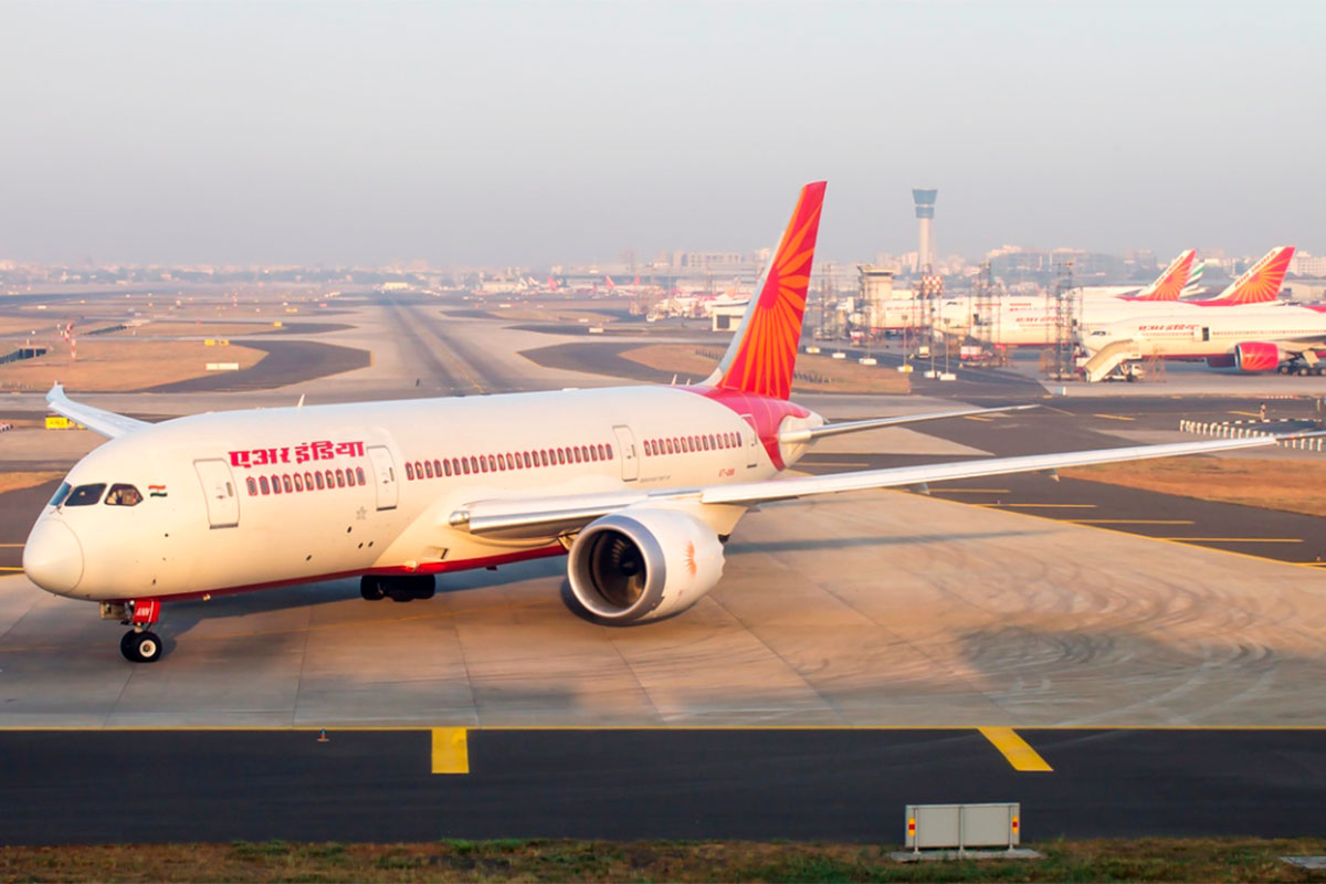 Air India suspends bookings till April 30