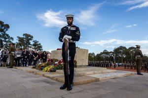 Australians commemorate war dead from home amid lockdown