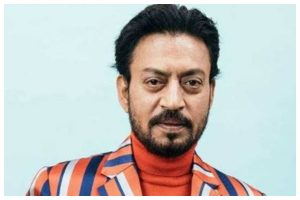 Irrfan Khan dies, B-town including Amitabh Bachchan, Akshay Kumar and others pay tribute