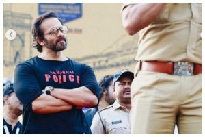 COVID-19: Filmmaker Rohit Shetty facilitates 8 hotels for Mumbai Police, latter thanks him