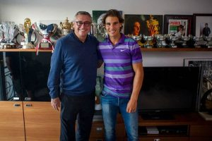 A hug and all possible encouragement to Michael Robinson's family: Rafael Nadal