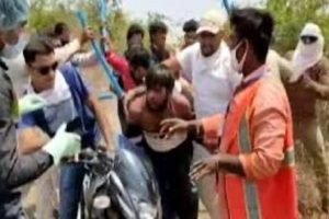 Sanitation worker attacked by mob with axe in MP's Dewas