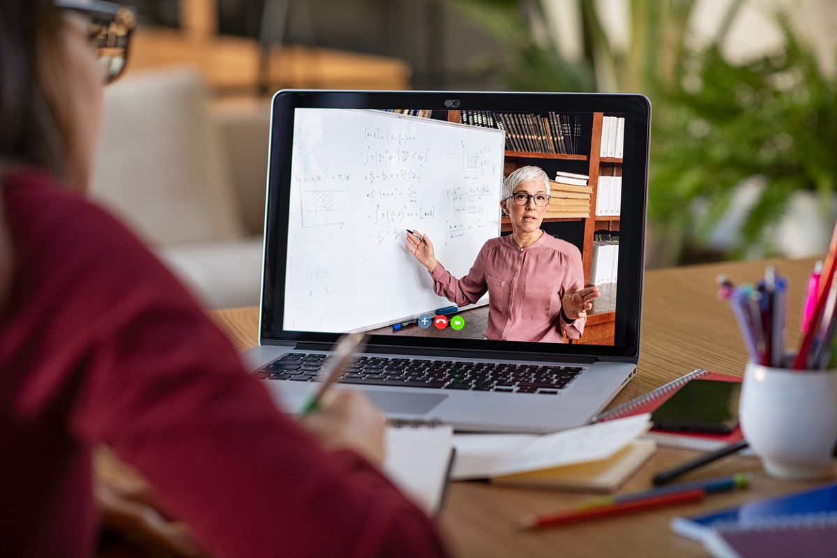 Online Illusion, Unesco, Unicef, online education