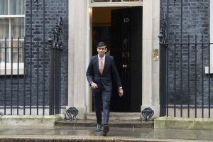 UK Treasury considers 100% guarantee on small firm loans