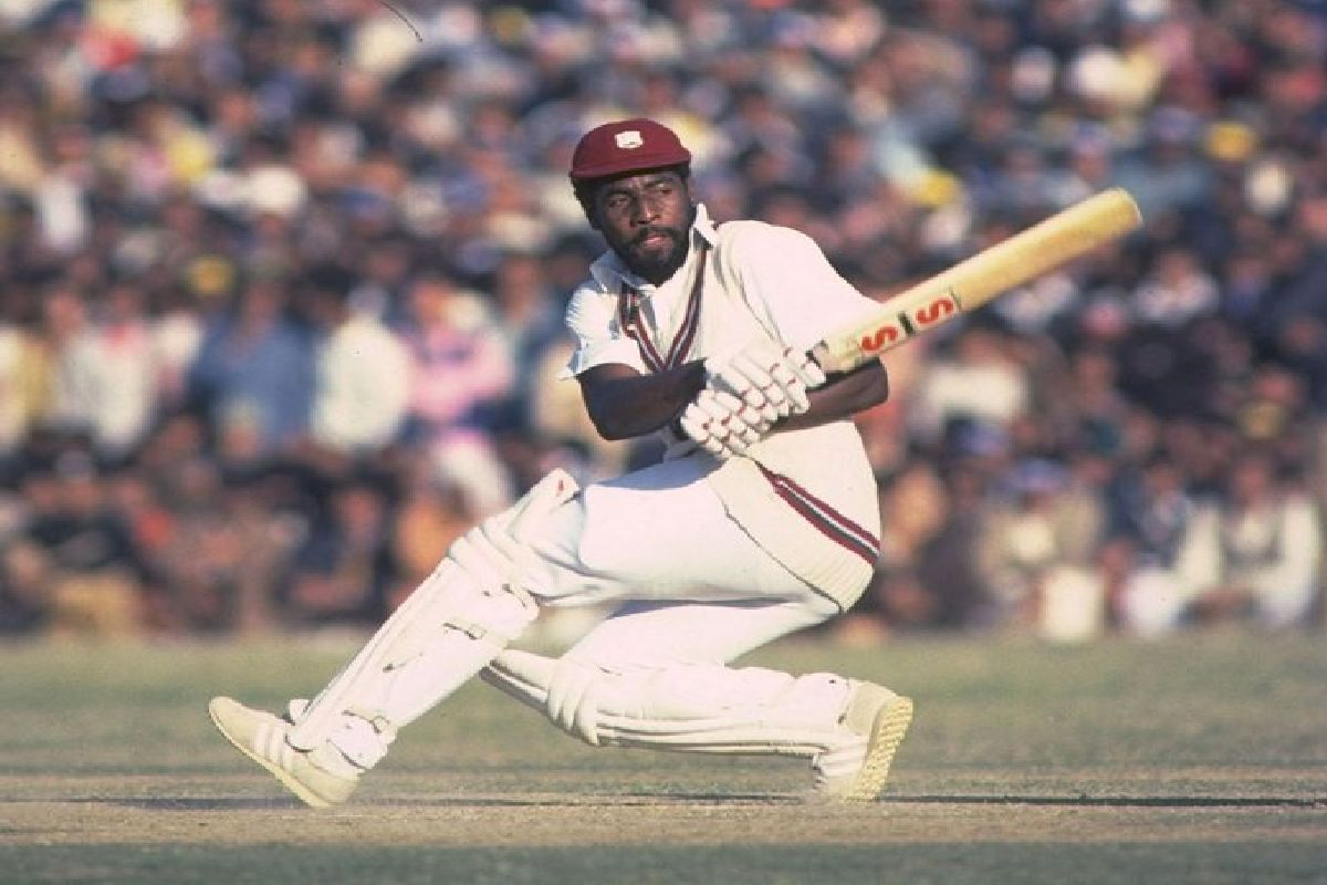 On this Day: Viv Richards bosses around hapless England bowlers ...