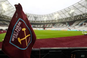 West Ham players agree to defer salaries