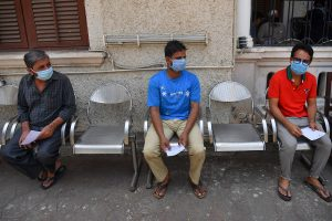 Mumbai makes face masks compulsory to repress spread of COVID-19; offenders to face arrest