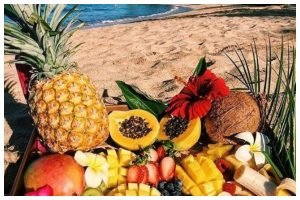 Beat the heat incorporating some fruits in your summer diet