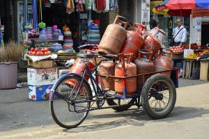 Govt distributes 11 lakh free LPG cylinders to Ujjwala beneficiaries in Maharashtra