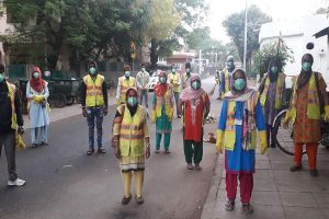 MCDs face cash crunch, sanitation workers missing amid lockdown