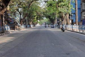 Violators pelt stones at police amid shutdown in Odisha