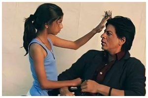 Here's when Shah Rukh Khan's daughter Suhana Khan turns hair stylist for her father