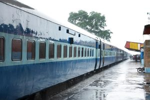 Trains, flights unlikely to resume after May 3, govt may make 'special arrangements' for migrants: Reports