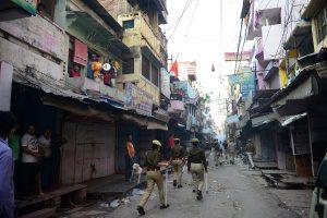 12 injured in clash during ration distribution in Uttar Pradesh's Aligarh amid lockdown
