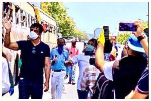 Lockdown effect: Sonu Sood arranges transport for migrants stuck in Mumbai