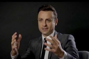 Playing behind closed doors can affect player performance: Berbatov