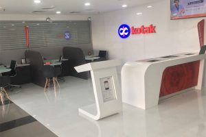 Kotak Mahindra Bank declares 10 pc pay cut for staff with over Rs 25 lakh annual salary
