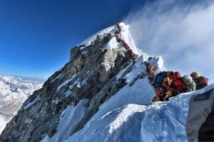 China's survey team summits Mt Everest to remeasure its exact height