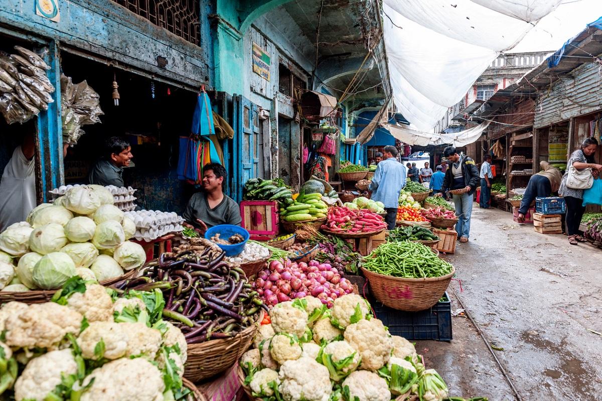 Meerut, fruit and vegetable Mandi, Covid-19, Ganganagar Colony, Coronavirus