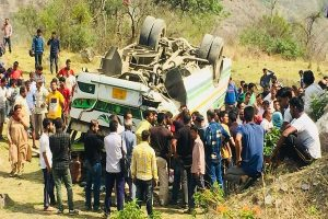 Five migrant labourers killed, 13 injured as truck overturns in Madhya Pradesh