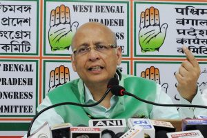 Government is behaving like East India Company: Congress