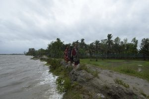 12 killed as cyclone Amphan batters Bangladesh