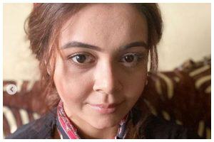 COVID-19: Bigg Boss 13 fame Devoleena Bhattacharjee's cook in isolation; actress in home quarantine