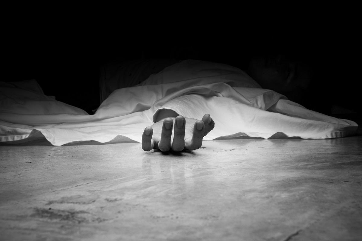 Balurghat, suicide