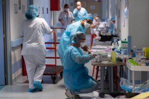 "France to start ""very gradual"" easing of Coroanvirus lockdown from May 11"