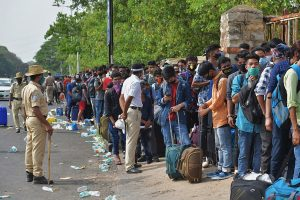 Karnataka restricts entry of people from five neighbouring states